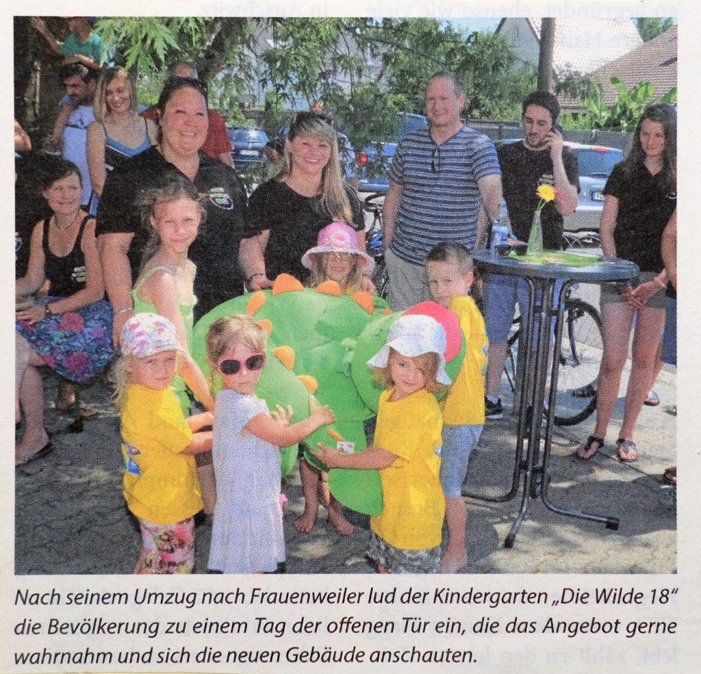 Leiterin Ina Wenzl mit Kindern